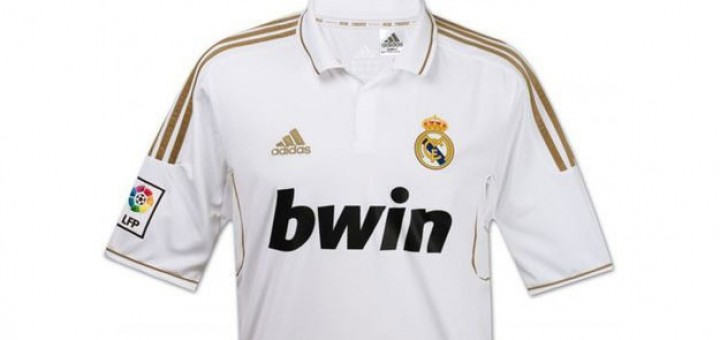 acheter le maillot real madrid 2012 pas cher. Black Bedroom Furniture Sets. Home Design Ideas