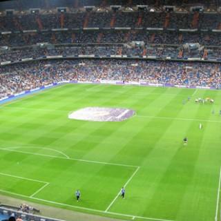 Estadio_Santiago_Bernabéu_(01)